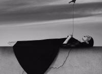 匈牙利摄影师Noell S. Oszvald安静神秘又孤独的黑白艺术摄影