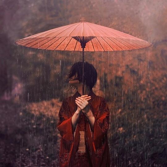 年仅21岁的女摄影师 Reylia Slaby 虽然流著白人血统,自小在日本出生成长,生活环境加上耳儒目染,因此对于日本传统美学与文化,有相当程度的理解与认知,......