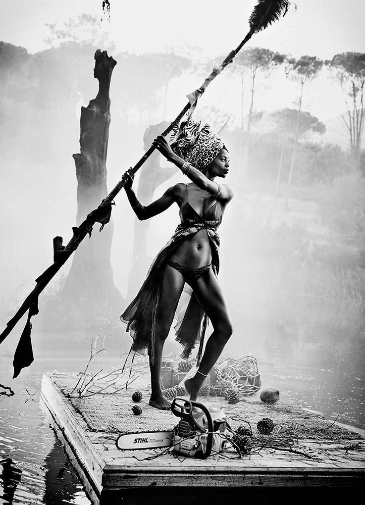 来自摄影师Esther Haase操刀的STIHL 2016年年历中的黑白时尚摄影大片!STIHL CALENDAR 2016Photo -Esther HaaseStyle -Mimi HockeHair & Make Up......